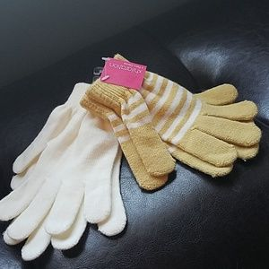 2 pair Xhilaration gloves